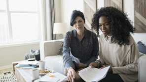8 Financial Tips for Entrepreneurs Launching a Startup